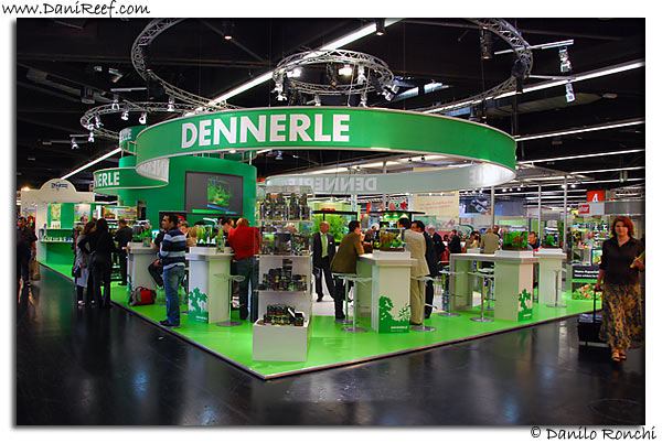 Dennerle stand