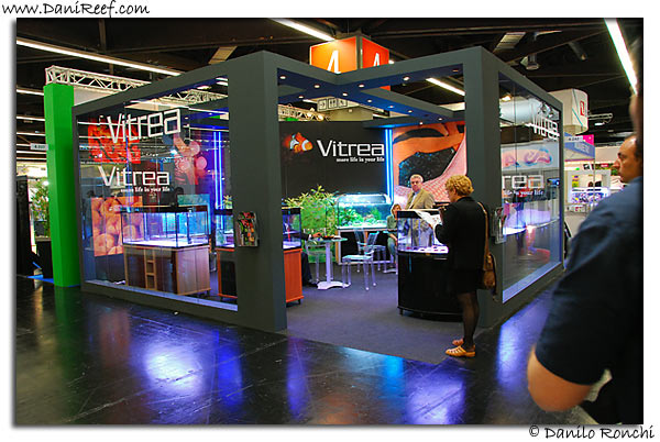 Vitrea stand
