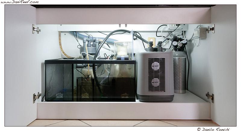 come inserire il refrigeratore sotto l 39 acquario a fianco