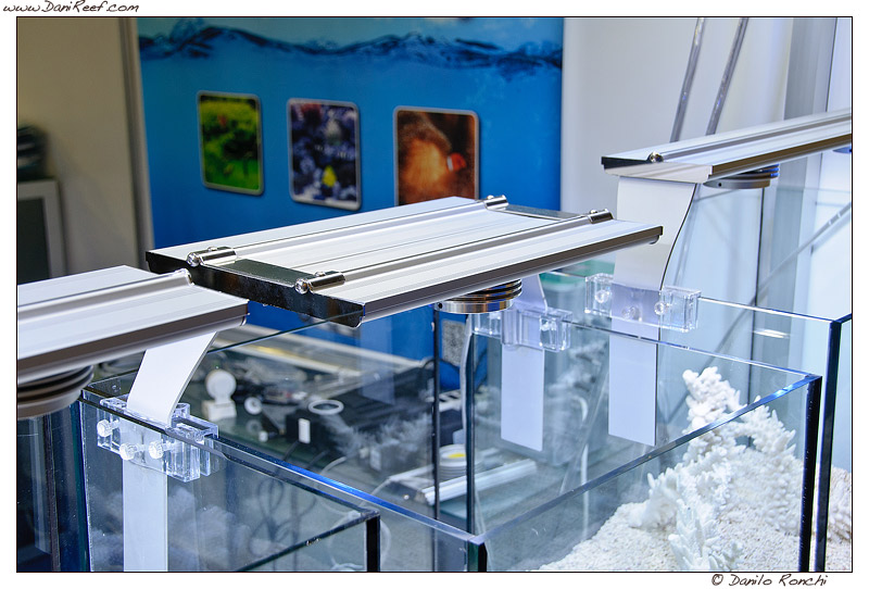 Plafoniere Led Per Acquari : Progetto plafoniera led acquario u idee di immagini casamia