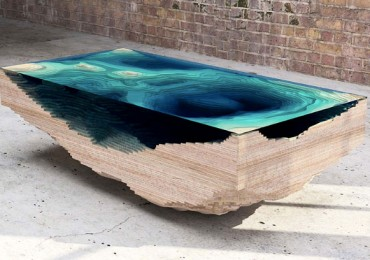 Abyss_table_01