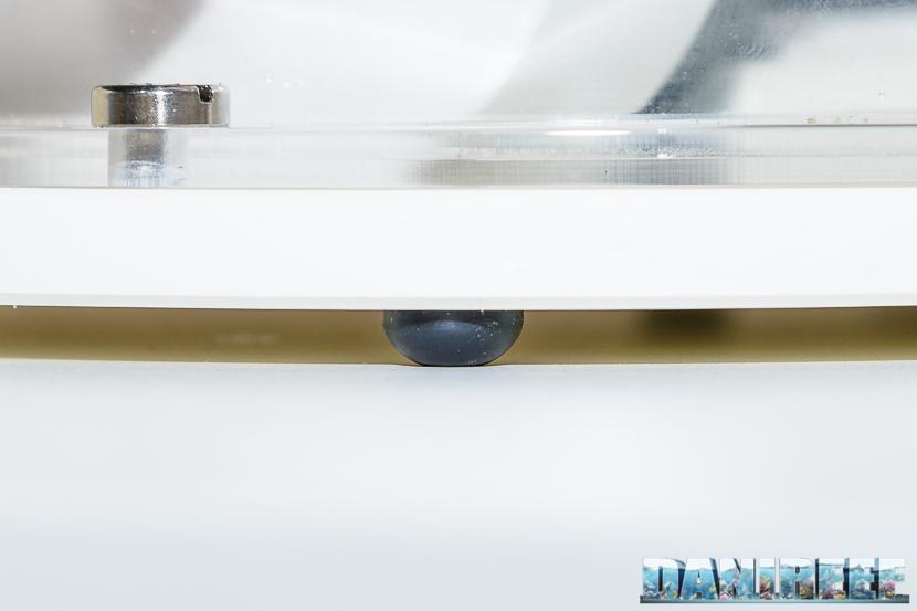 Schiumatoio Vertex Omega 180i - piastra di base con gommini smorzanti