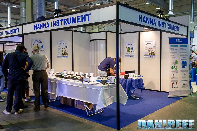 Lo stand Hanna Instrument presso il Piacenza PetsFestival 2014
