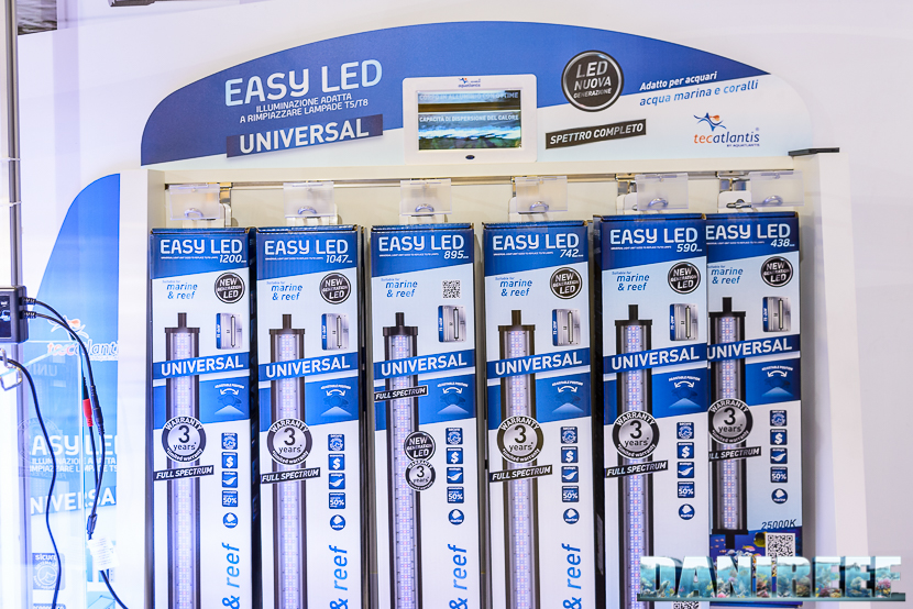 Zoomark 2015 - lo stand aquatlantis - easy led - plafoniere a led