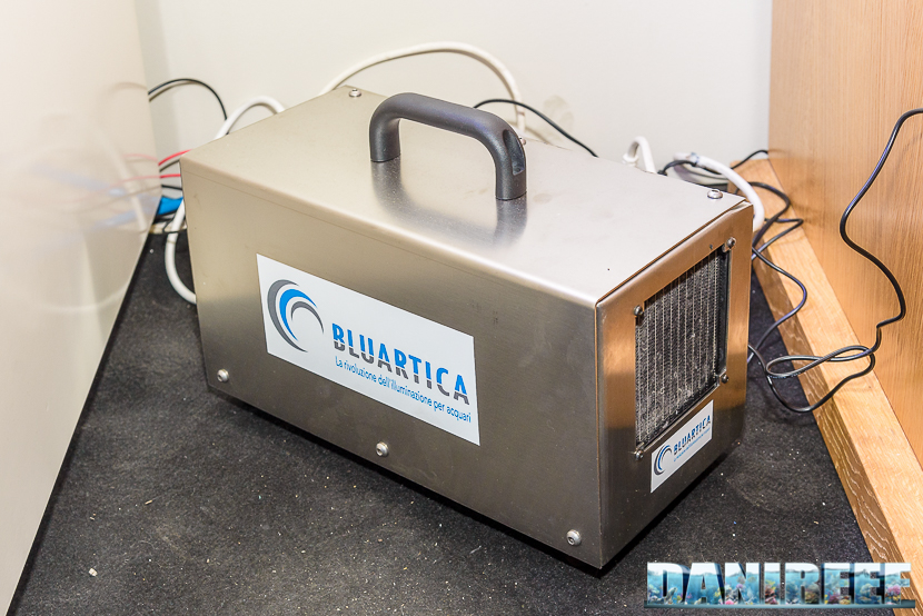 Il refrigeratore della Plafoniera Led Bluartica