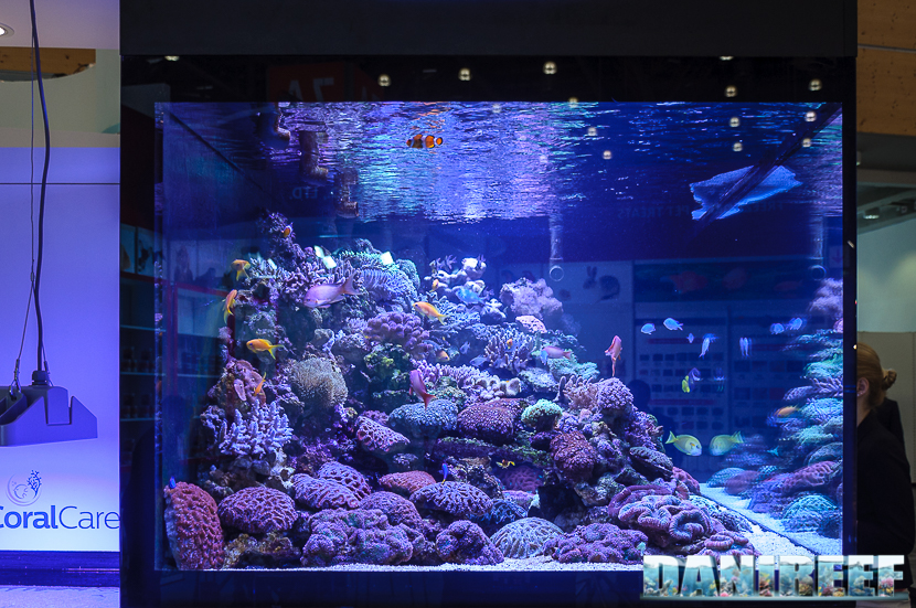 2016_05 Interzoo Norimberga Philips CoralCare Plafoniera Led acquario marino layout 04