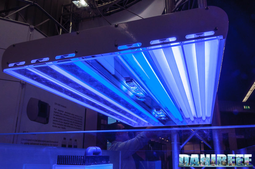 2016_05 ATI plafoniera LED Interzoo Norimberga 04