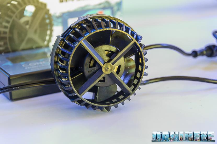 Un particolare frontale della pompa di movimento Conch Slim 7