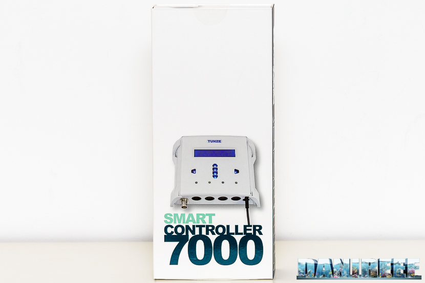 The box of the Tunze Smart Controller 7000