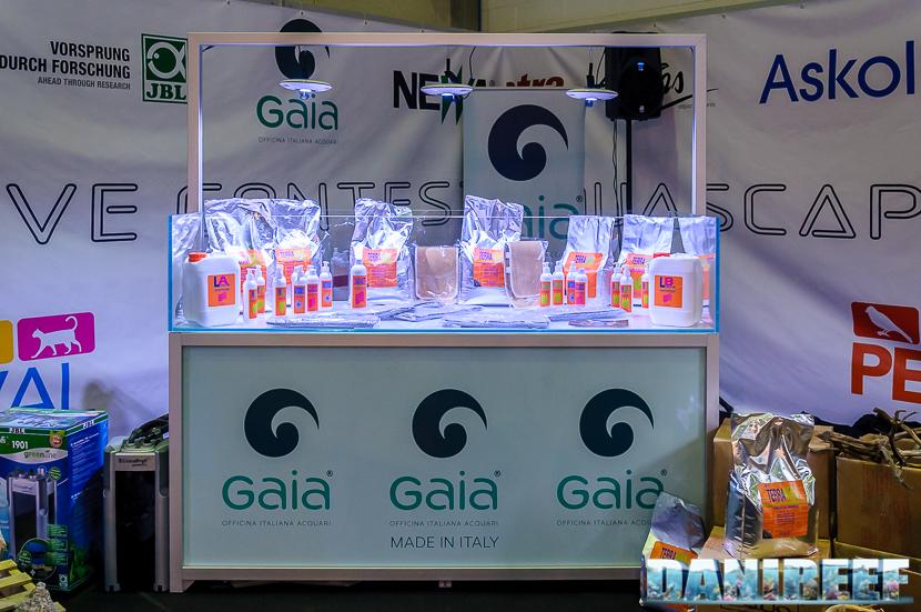 Shallow Tank e prodotti Equo durante PetsFestival 2017