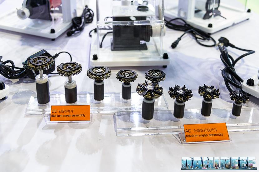 CIPS 2017: Stand Macro Aqua - Titanium Square Skimmer - giranti in mesh di titanio