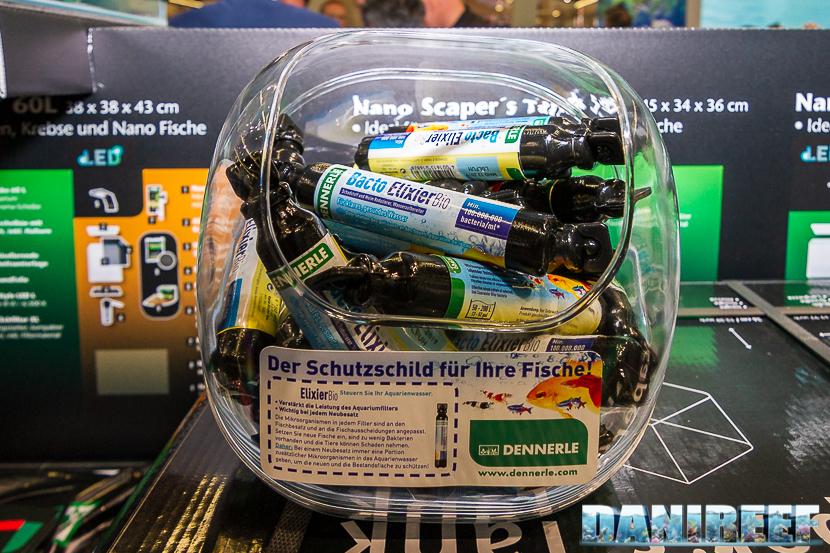 Interzoo 2018: lo stand Dennerle con i batteri Bacto Elixier Bio