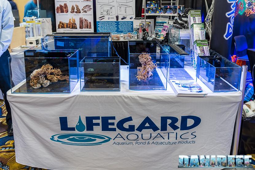 Piccoli acquari di Lifegard Aquatics al Macna 2018
