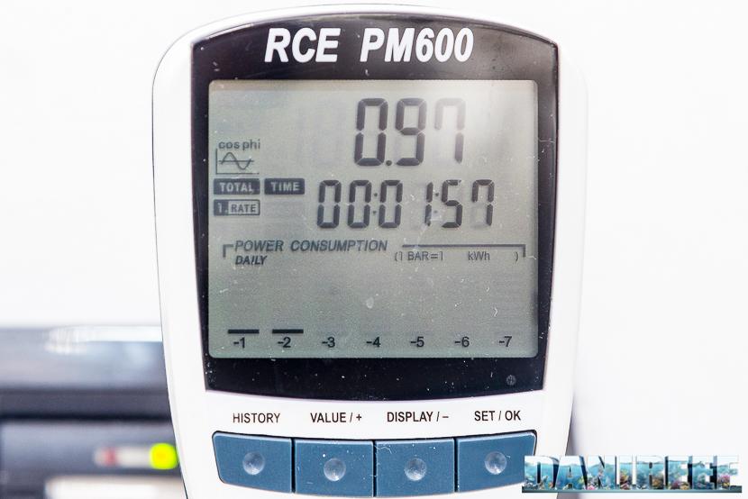 Misurazione Cosfi nella plafoniera ad induzione H.V. Innovation Blue da 18.000°K e 80 watt