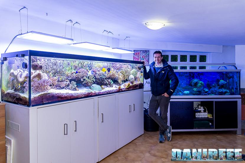 Carlo Mondaini con il suo meraviglioso Acquario Marino