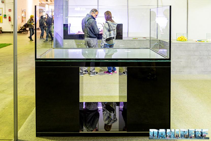 Acquari Malberti presenta un acquario con un incredibile mobile di design