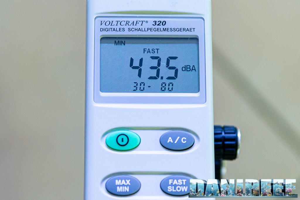 Schiumatoio LGMaquari LGs950: solido, efficiente e doppia pompa - misurazioni del rumore