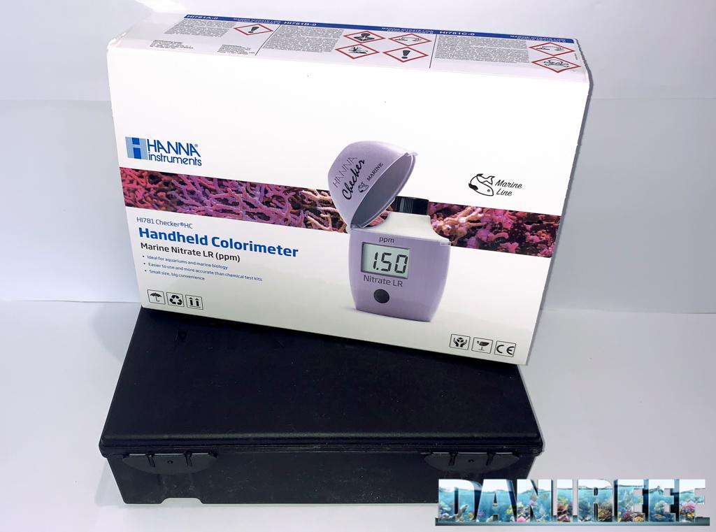 La confezione del Checker HI781, con la classica valigetta di plastica nera rigida